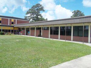 NEWS1-School-officials-pic