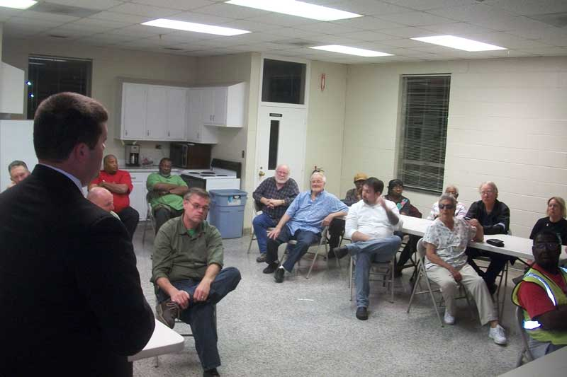 Sheriff Chris Davis met with residents of Bayboro Tuesday night.