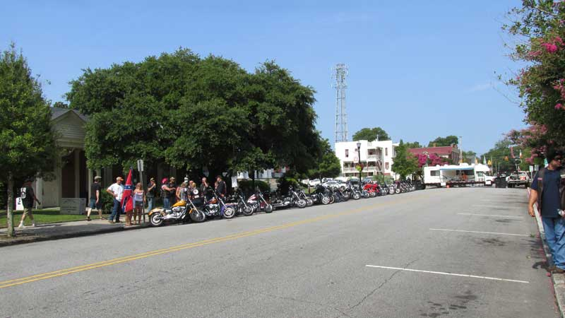 2-NN-Confederate-pic-3-Bikers-support
